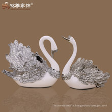 high quality swan figures wine rack with polyresin material for home decor