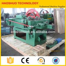 Prego de aço automático que faz a máquina