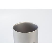Tasses à eau à double paroi en titane pur