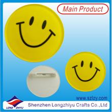 Botones de la cara de la sonrisa insignia de hojalata con diseño personalizado disponible
