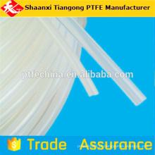 Tubulação ptfe em tubos de plástico