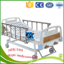 MDK-T303 2 cranks manual hospital bed with two functions