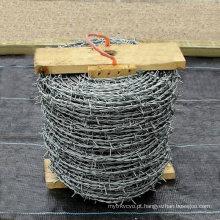 Fabricante galvanizado da cerca do arame farpado (EBW-15)