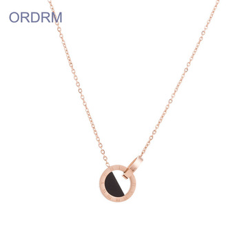 Womens Rose Gold Roman Numeral Necklace peribadi