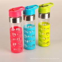 Nuevo estilo personalizado color subzero botella de agua de vidrio con manga de silicona