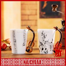 Musikalische Keramik mit speziellem Griff