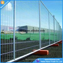 Los paneles portátiles de malla de alambre de 6 'de alto x 10' de largo se utilizarán cercados temporales para la construcción