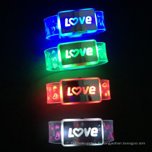 Bracelet en nylon flash avec lettre d'amour faite sur mesure pour la Saint-Valentin