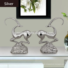 European Style Resin Kunst und Handwerk Cute Abstract Skulptur Harz Shinny Deer Figur