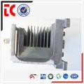 Las ventas calientes hacen a medida el aluminio hecho a medida del disipador de calor de la lámpara para el uso del LED