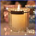 Bougie parfumée en cristal avec étiquette décorative