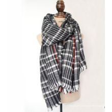 Style classique Lady Throw with Woven Fabrics