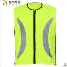 Gilet de sécurité réfléchissant à haute visibilité en couleur jaune pour le cyclisme
