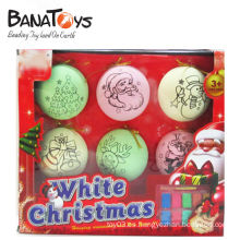 Ornamento plástico decorativo colorido de la bola de la Navidad