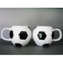 Футбольная кружка