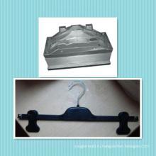 Пластиковые вешалки Впрыски прессформы 2013 одежда (YS13)