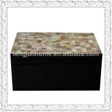 Boîte de rangement en coquillage à la moule triangulaire avec peinture noire Grande taille