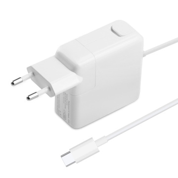 MacBook Pro用PD61W USB C充電器
