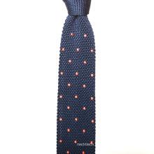 Benutzerdefinierte Stickerei Punkte Seide Skinny Mens Knit Ties