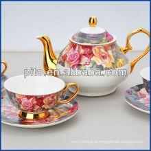 Conjunto de chá de porcelana com design elegante