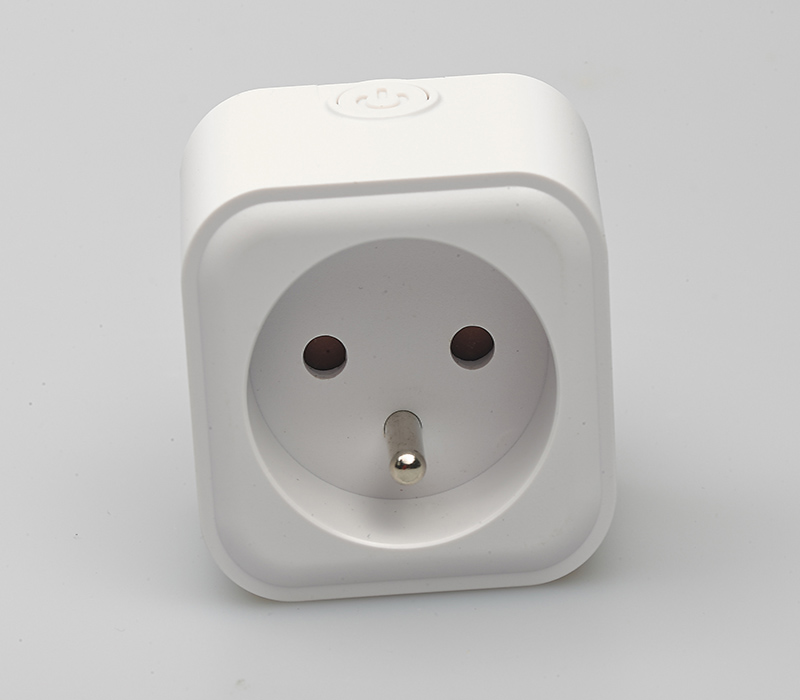 French Single Output Smart Plug