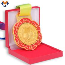 Vitrine pour boîte à médailles à vendre