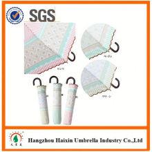 Günstigen Preisen!! Fabrik Supply schwarzen Regenschirm mit krummen behandeln