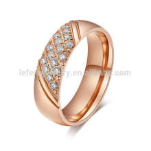 Bague femme en or rose avec diamants, bague en or rose et topaze