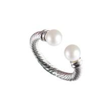 Deux anneaux de perles d'eau douce