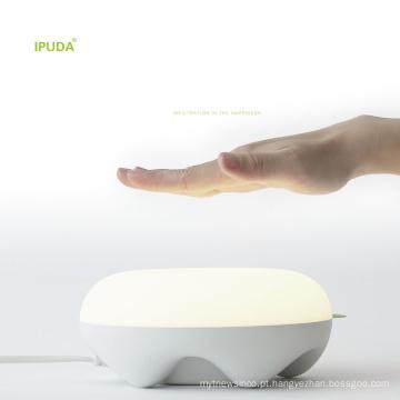 2016 Mais Recente motion control 2 porta usb candeeiro de mesa LED com brilho dimmable fantasia caixa de presente embalagem
