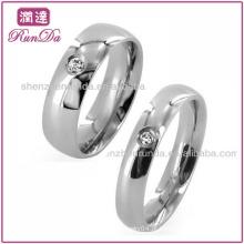 Novos produtos 2013 Jóias Moda Único CZ Clássica Abobadado Aço Inoxidável Anel Anel De Casamento