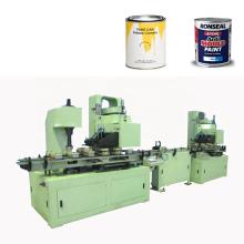 lata de pintura metálica que hace la línea de producción de la máquina
