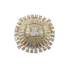 Broche plaquée or zircon cubique brillant