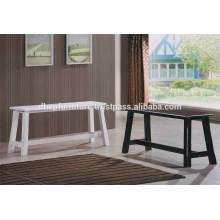 Chaise en bois en banc