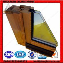China Ventanas y puertas de aluminio y madera.