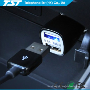 Promocionais colorido 5V2.1A Universal Dual USB Phone Car Charger
