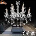Lampe en cristal décorative dans le salon