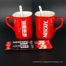 Tasse de porcelaine rouge imprimée par logo de marque personnalisée par usine
