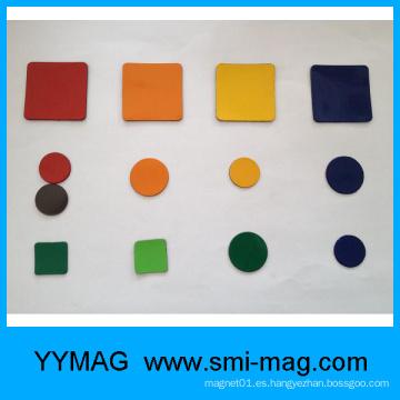 Etiqueta engomada colorida del imán de la goma