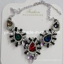 Lady Fashion Jewelry Metal Alloy Glass Crystal Pendant Necklace (JE0212)