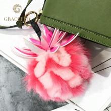 Différents types de sac à main renard queue fourrure balle accessoire porte-clés