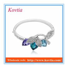 Bracelets en argent de la fille à cristaux colorés