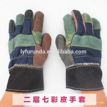 Guantes de trabajo baratos del cuero partido de la vaca del color mezclado con la palm del remiendo