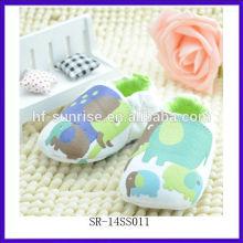 SR-14SS011 nuevo animal que adorna los zapatos de bebé de la manera de los zapatos de bebé 2014 zapatos de cuero suaves únicos del bebé de la venta al por mayor de China