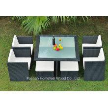 7 Pieces Rattan Outdoor Dining Set com otomano