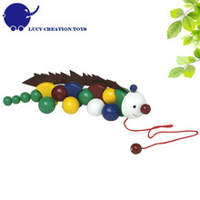 Kids Good Friend Wooden Anole Pulling Toy for Toddlers