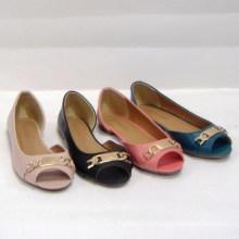 Женская балерина с модной заклепкой плоские туфли, стильная женская обувь