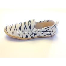 Alpargatas falsas de sola de jute barato com lona impressa deslizamento em sapatos baixos