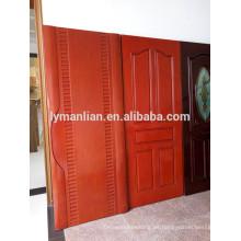 Precio de fábrica moldeado de madera en puertas de madera de diseño.
