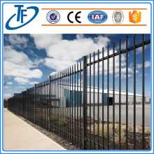 2.4X1.8m Powder Coated Spear Top Garrison Fence